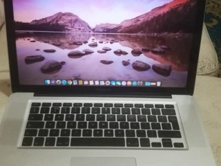 MacBook Pro 13.3 inches for Sale